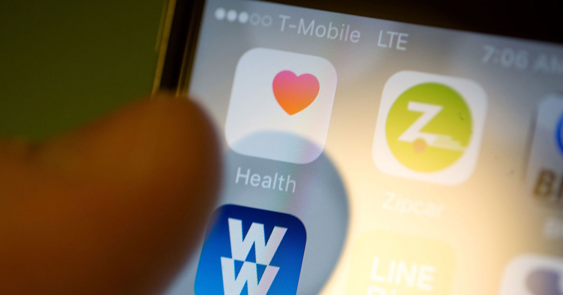 Apple will let you keep your medical records on your iPhone