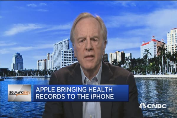 Fmr. Apple CEO John Sculley: iPhone health data push 'a good first step'