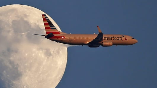American Airlines Earnings Top Estimates But Fuel Concerns Send