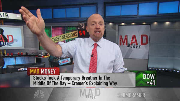 Cramer unpacks the wild action in a 'new' kind of market—one with 3 trading sessions a day