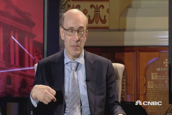Rogoff: ECB may raise rates at end of year