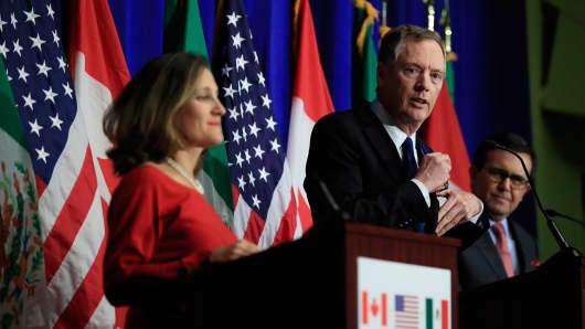 United States Trade Representative Robert Lighthizer, center, with Canadian Minister of Foreign Affairs Chrystia Freeland, left, and Mexico's Secretary of Economy Ildefonso Guajardo Villarrea.