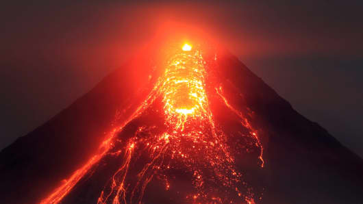 a volcano in the philippines is threatening a major eruption
