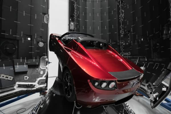 The test flight of SpaceX Falcon Heavy will launch a Tesla Roadster as its payload into an elliptic Mars orbit.
