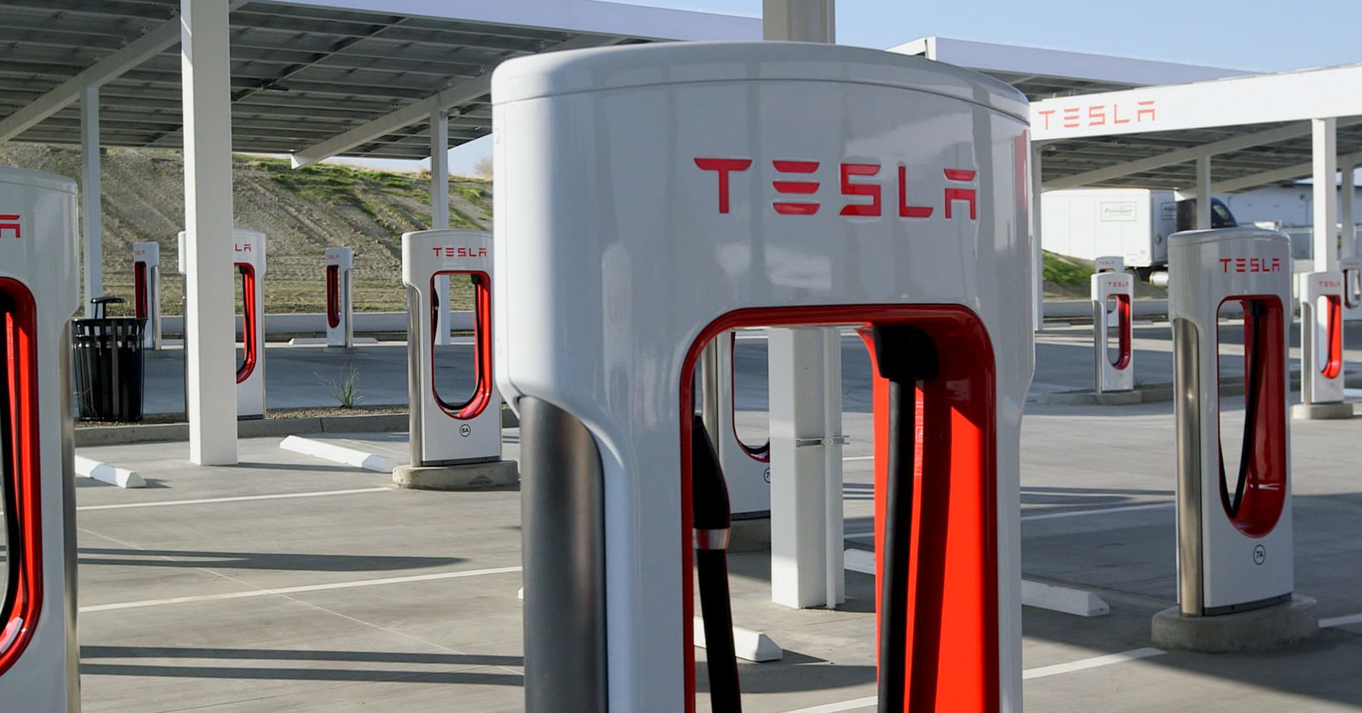 Tesla's charging stations are a massive 'competitive moat,' Morgan Stanley says