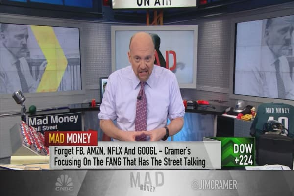 Cramer says this stock is a great growth play on oil