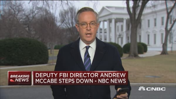 Trump offers no reaction from McCabe stepping down
