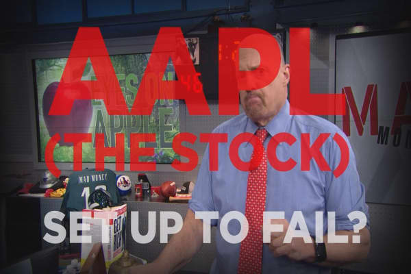 Cramer Remix: Why Apple's stock has been set up to fail