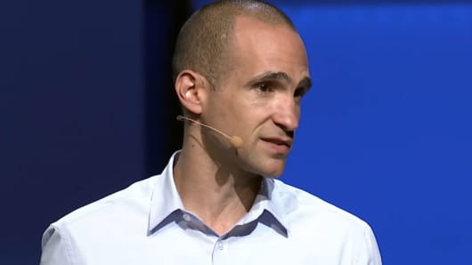 Nir Eyal speaking at the TED Institute.