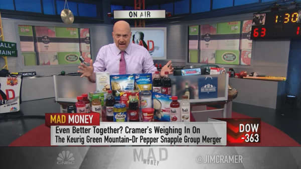 Why Cramer's bullish on Dr Pepper-Keurig deal