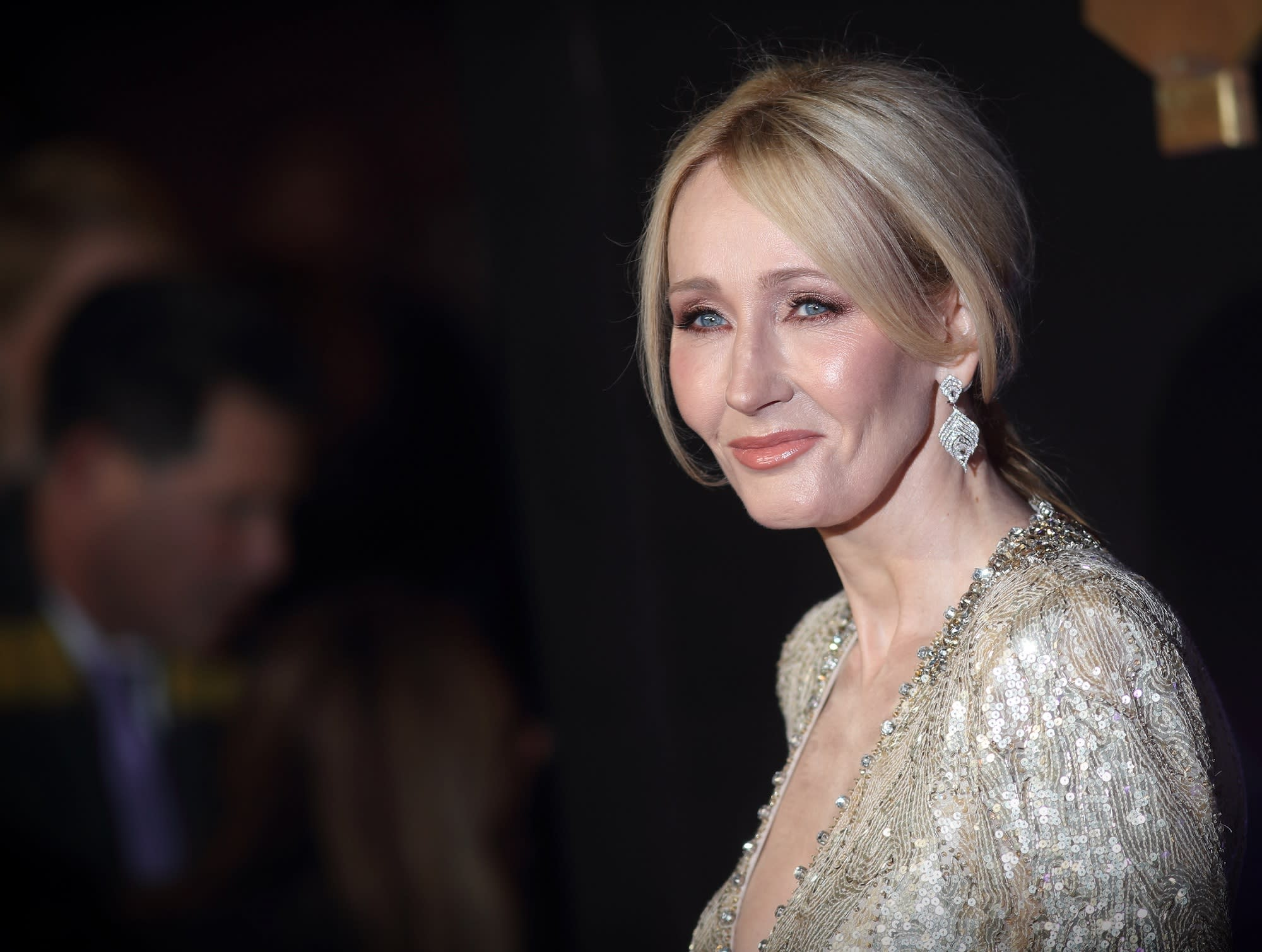 Harry Potter Author Jk Rowling Reveals Writing Routine On Twitter