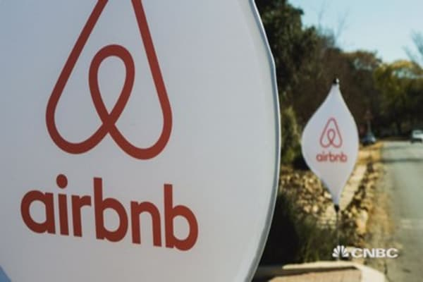 Airbnb is making rents in New York City spike as owners yank units off the market, study says