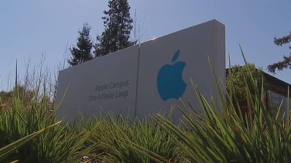 Apple vows to cut its $163 billion in net cash to 'zero'