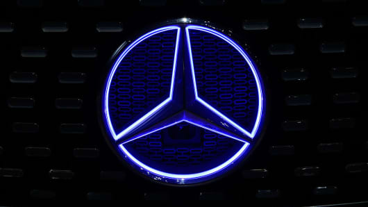 Daimler (DAI) Given a €76.00 Price Target by Warburg Research Analysts