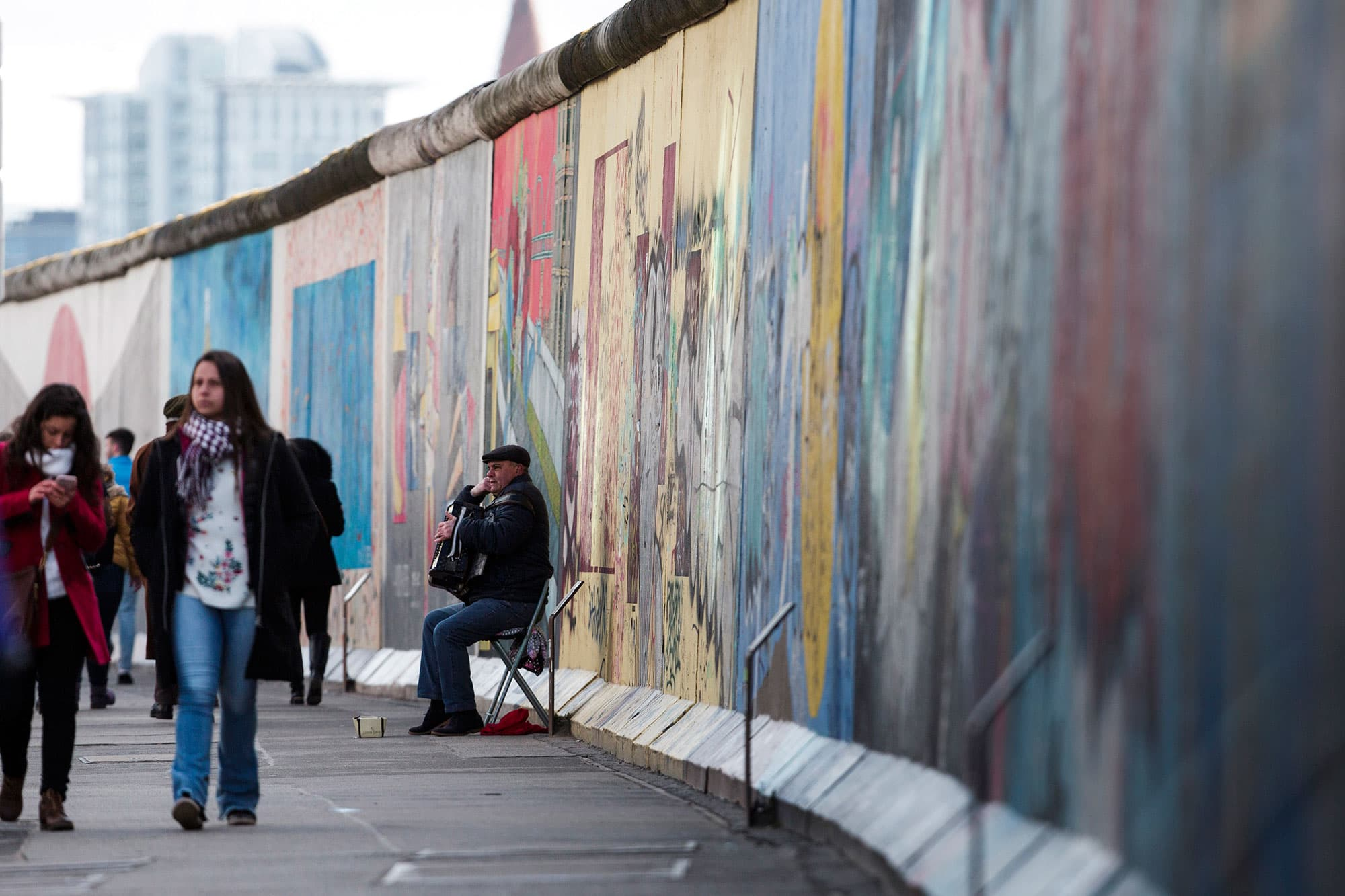 The Berlin Wall Its Now Gone For As Long As It Stood 10316 Days