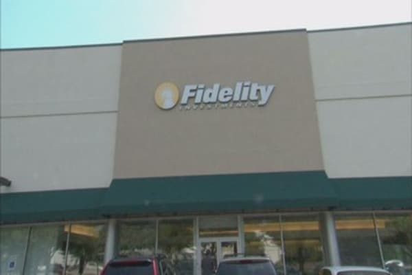 Broker websites including Fidelity report outages during wild trading in US markets