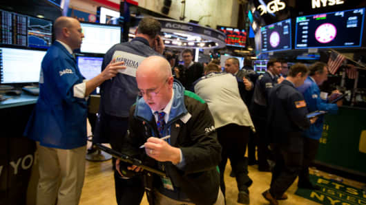 U.S. Stocks Plunge Heading Into Market Close