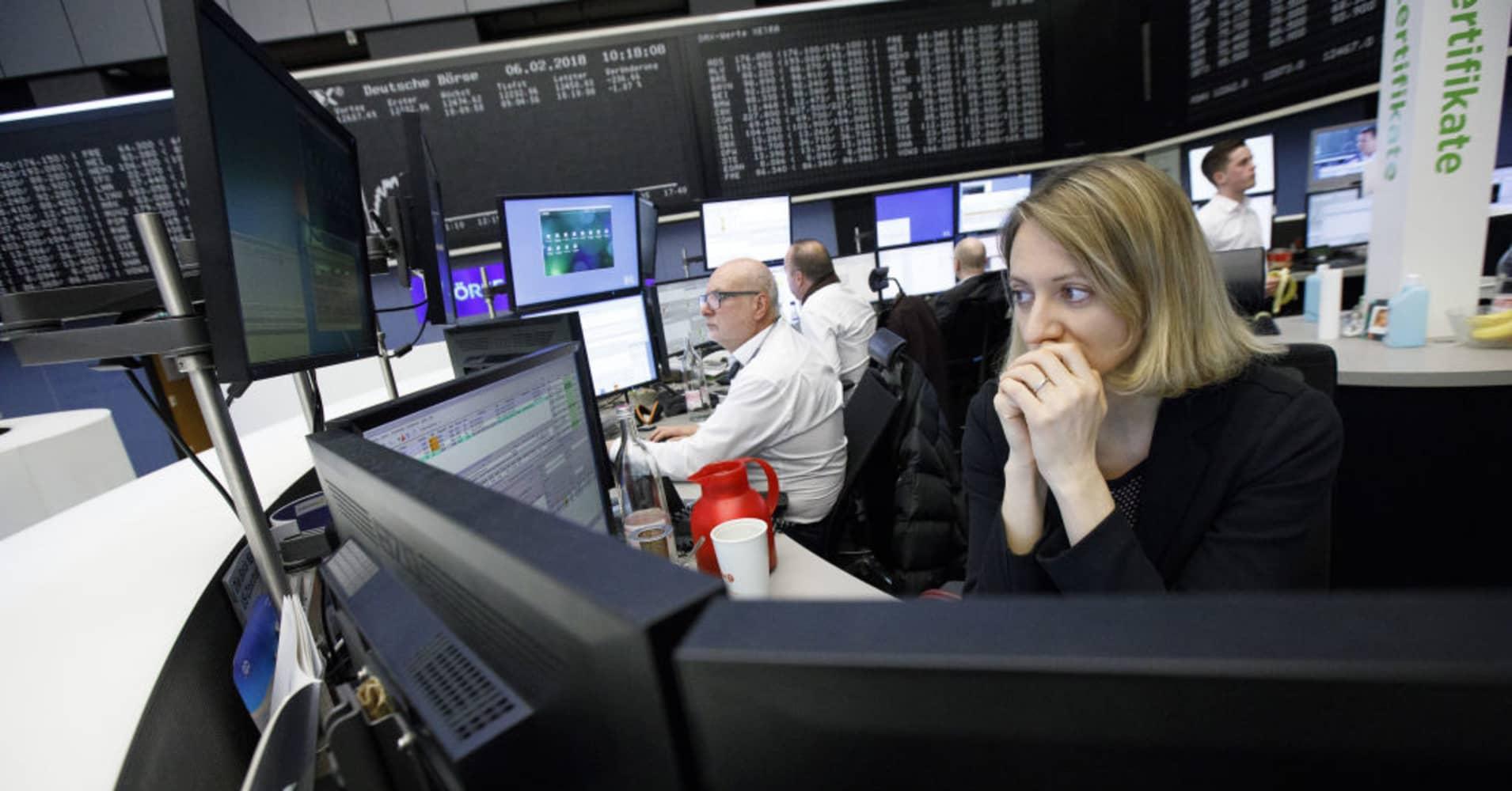 European stocks slump again as renewed Wall Street sell-off provokes volatile session