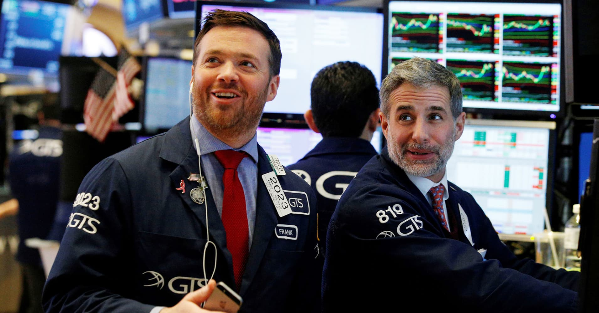 Dow rises more than 100 points as Procter & Gamble surges on earnings