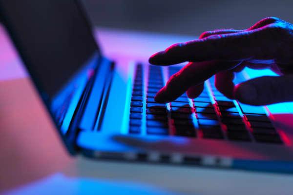 Tech addiction an 'existential threat': Former Googler