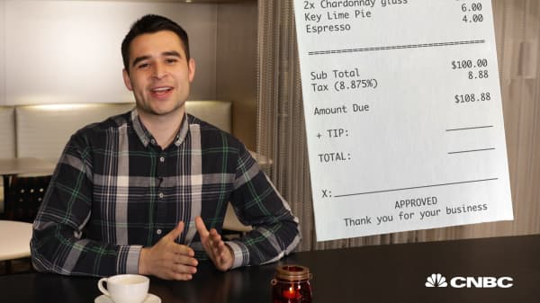This simple change to the way you tip could save you over $400 a year