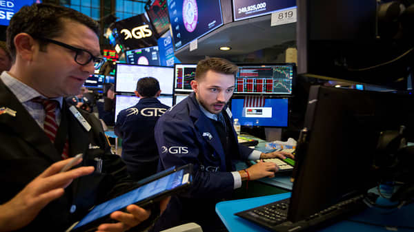Trading Nation: Dow drops nearly 700 points at session lows