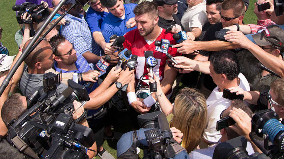 Tim Tebow says this leadership quality will draw people to you