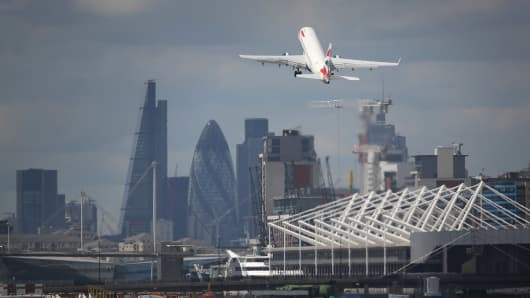 London City Airport closed after a Second World War-era bomb found nearby Thames River