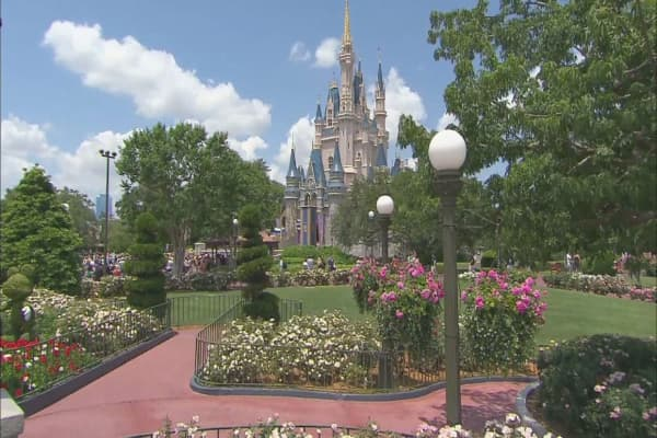 Disney increases price of US theme park tickets