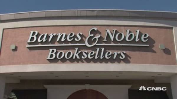 Barnes & Noble cuts staff after dismal holiday season