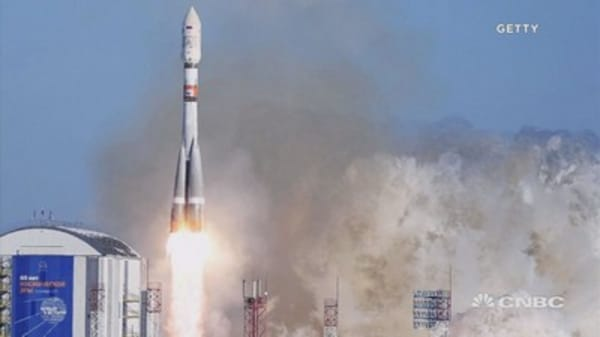 Russia and China developing 'destructive' space weapons