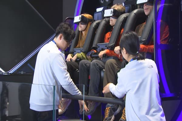 Inside Samsung's virtual reality showcase at the Winter Olympics