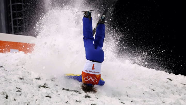 Xu Mengtao of China crashes during the women's aerials finals on Feb. 16th, 2018.