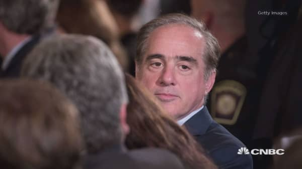 Top VA aide retires amid Shulkin scandal