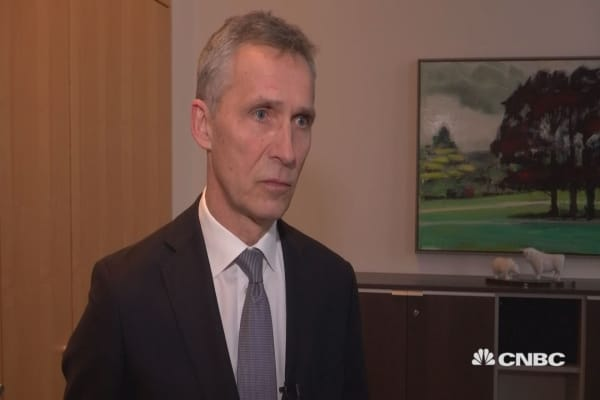 UK 'extremely important' for NATO, Secretary General Stoltenberg says