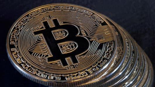 Digital cryptocurrencies bitcoin and litecoin: Illustration in Paris
