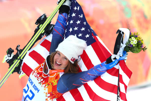 Sochi 2014: U.S. Bronze medalist Julia Mancuso celebrates during the flower ceremony for the Alpine Skiing Women's Super Combined.