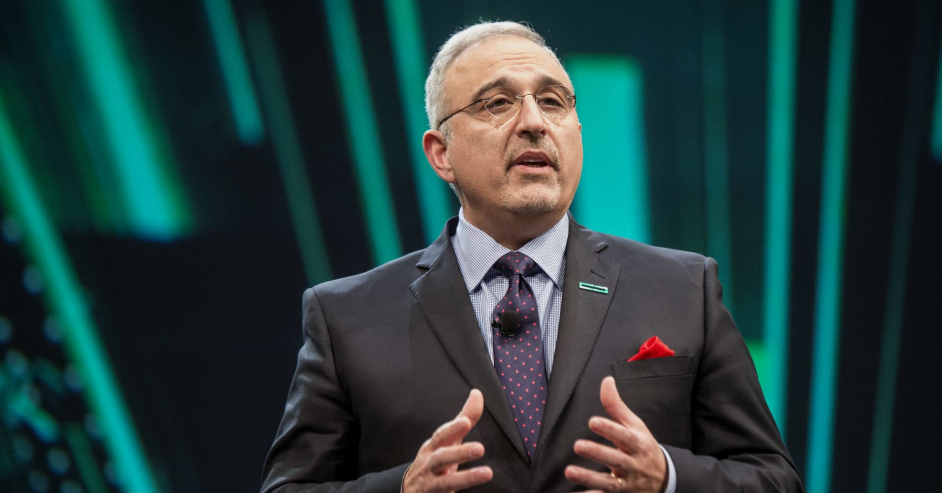 HPE shares fall after CEO told investors to expect a 'challenging second half'