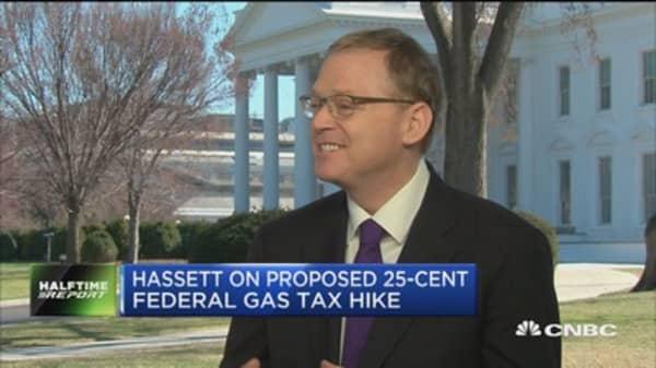 White House unveils economic agenda forecasting 3% GDP