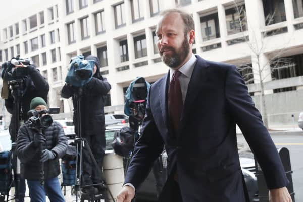 Richard Gates arrives at the Prettyman Federal Courthouse for a hearing February 23, 2018 in Washington, DC.