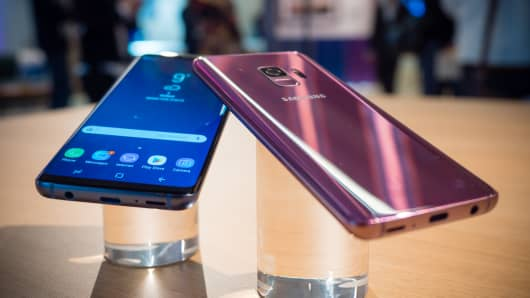 Samsung Galaxy S9 on display during a briefing in London ahead of the official launch at Mobile World Congress.