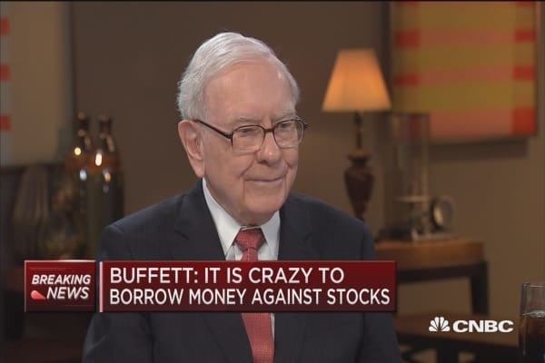 Buffett: It is crazy to borrow money on securities