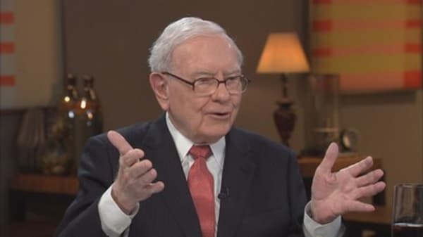 Buffett: It's insane to risk what you have for something you don't need