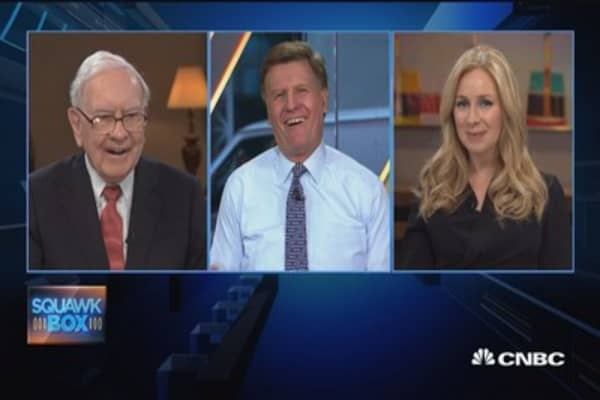 Why Warren Buffett doesn't eat at Taco Bell or Chipotle