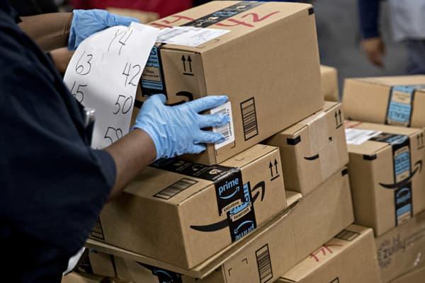 Amazon has $1 trillion market cap in next 12 months: Analyst
