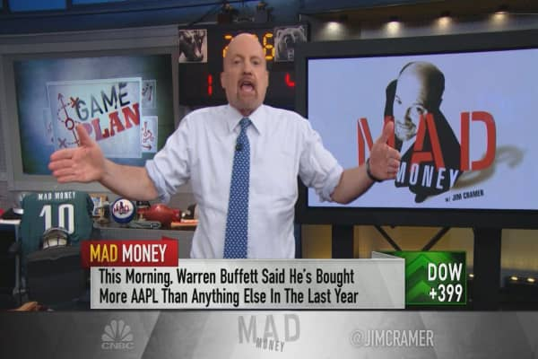 Cramer's game plan: Back in action with a retail earnings bonanza