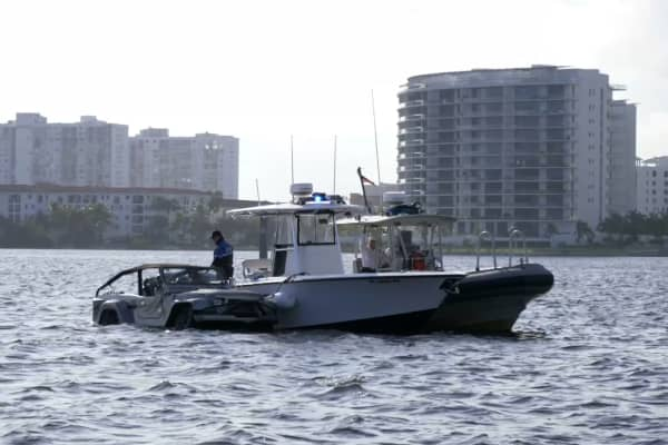 The WaterCar Panther gets up close and personal with the Miami PD