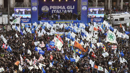 Lega Nord far right party leader Matteo Salvini address supporters during campaign rally on Piazza Duomo in Milan on February 24, 2018 a week ahead of the Italy's general election. Italy stepped up security for mass demonstrations by far-right and anti-fascist groups across the country on February 24, 2018 as tensions rise ahead of next week's general election