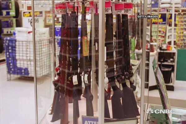 Walmart raises age restrictions on guns