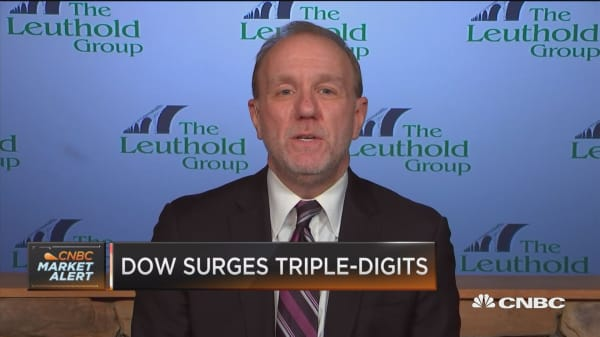Markets may be flat this year while earnings go up: Strategist